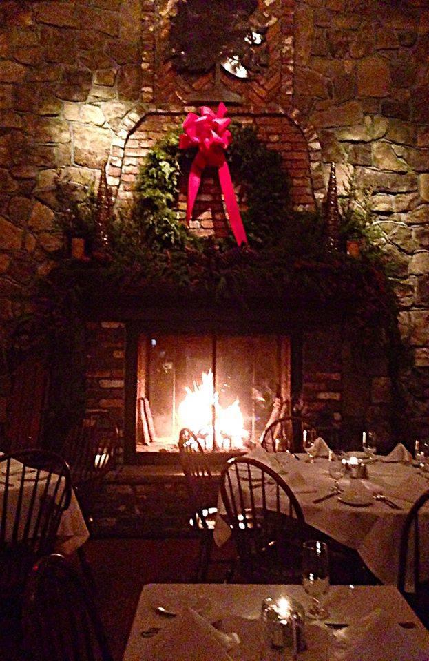 Main Dining Room Holiday